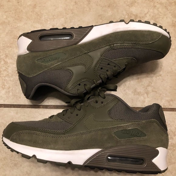 Nike Air Max 90 Ultra 2.0 shoes olive green
